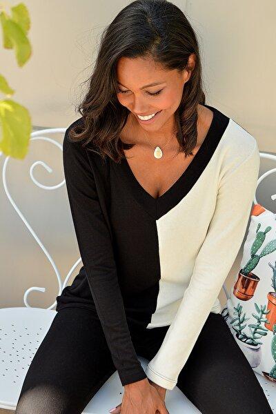Kadın Siyah-Beyaz V Yaka Bloklu Örme Bluz ALC-016-193-BST