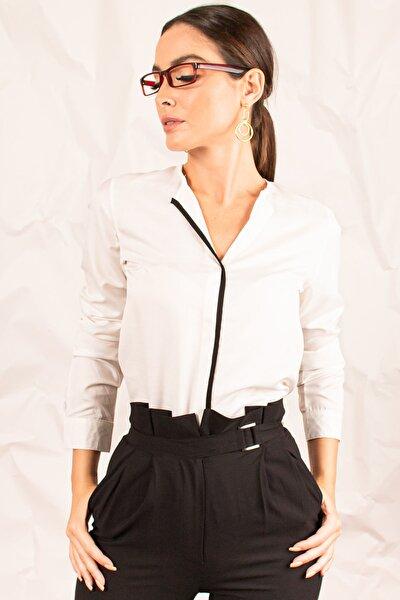 Kadın Beyaz Önü Biyeli Bluz ARM-20K001023