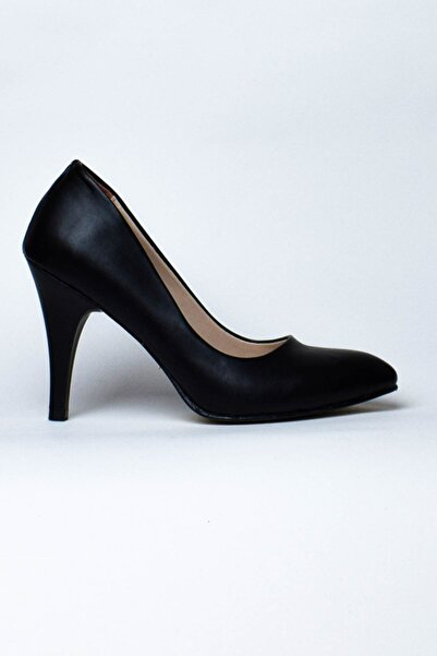 Kısa Siyah Topuklu
