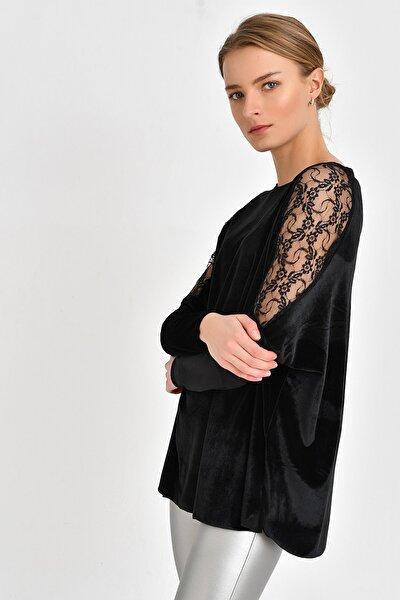 Omuz Detaylı Kadife Bluz  Siyah BDM2521