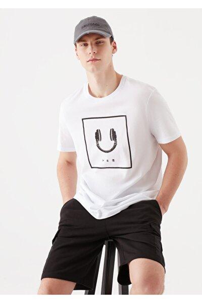Erkek Beyaz Gülen Yüz Baskılı Tişört