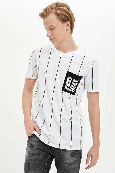 Erkek Beyaz Çizgili Regular Fit T-Shirt M6322AZ.20SP.WT34