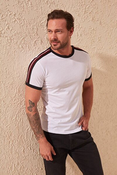 Beyaz Erkek Bisiklet Yaka Slim Fit T-Shirt TMNSS20TS0194