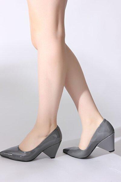 Gri Kadın Dolgu Topuklu Ayakkabı 5631401-10