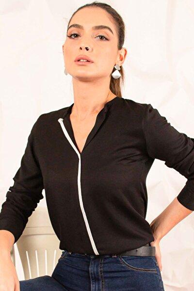 Kadın Siyah Önü Biyeli Bluz ARM-20K001023