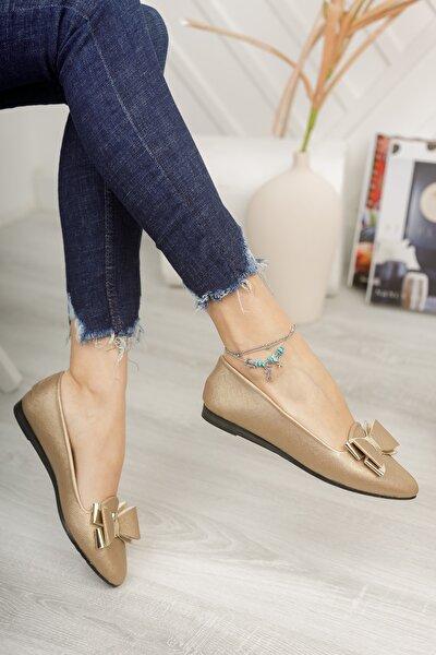 Kadın Altın Fiyonk Ayna Babet Ayakkabı
