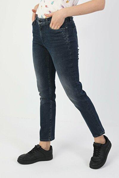 703 Carla Slim Fit Orta Bel Düz Paça Kadın Indigo Jean Pantolon