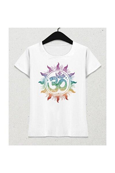 Om Yoga Symbol Beyaz Kadın Tişört