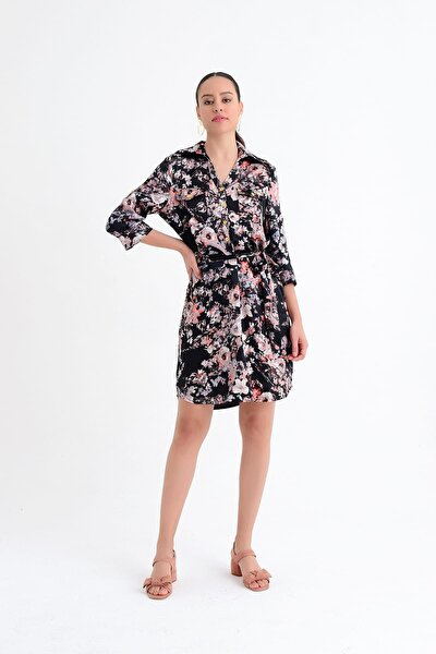 Kadın Siyah Çiçek Desenli Diz Üstü Gömlek Elbise HN1832