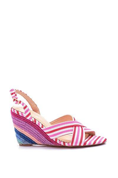 Pembe Kadın Sandalet