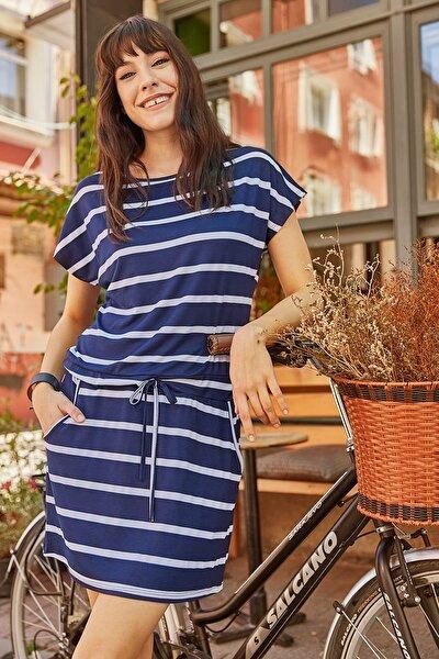 Kadın Lacivert Çizgili Beli Bağcıklı Elbise ELB-19000475