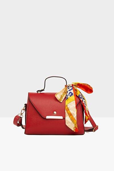 Kırmızı Kadın Kapaklı Şallı Askılı Çanta M000003228