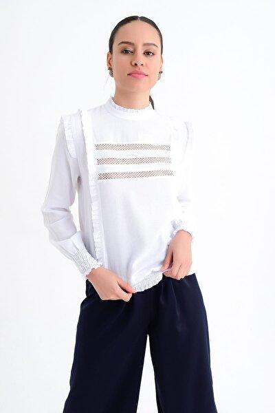 Kadın Beyaz Uzun Kollu Fırfır Ve Lastik Detaylı Detaylı Bluz HN1823