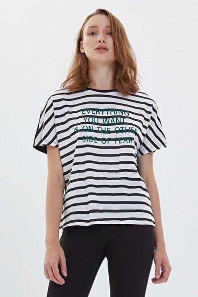 Kadın T-Shirt LF2022721