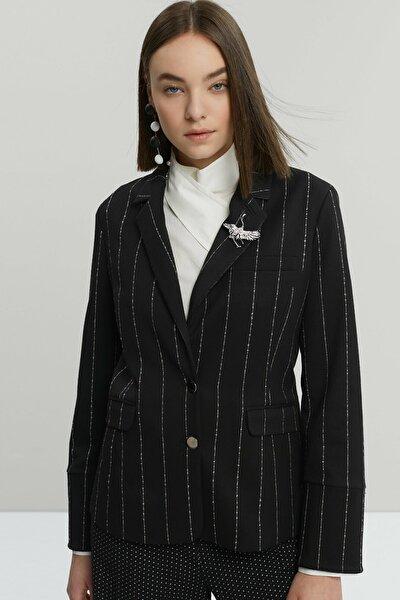Kadın Siyah Biye Detaylı Ceket 9KKCK5188X