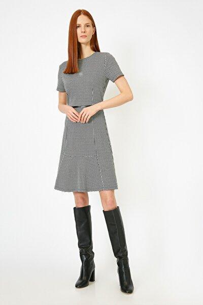 Kadın Siyah Ekose Desenli Suni Deri Detayli Elbise