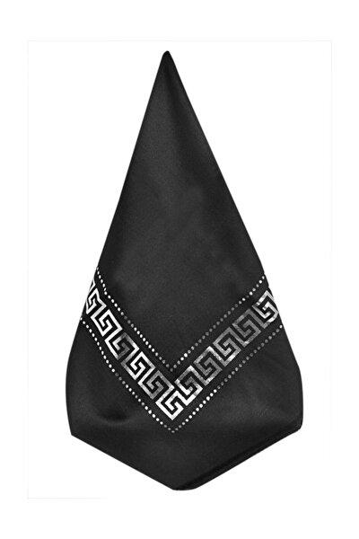 Pano Desenli Varaklı Siyah Örtü