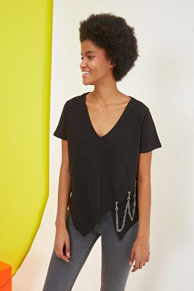 Siyah Zincirli Semifitted Örme T-Shirt TWOSS21TS1865