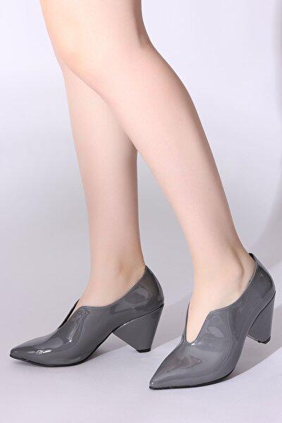 Gri Kadın Dolgu Topuklu Ayakkabı 5634572-08