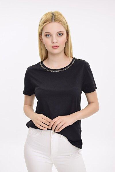 Kadın Siyah Yakası Boncuk İşlemeli Kısa Kollu Tshirt HN2069