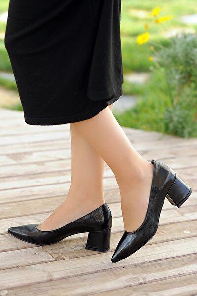 Siyah Baskı Kadın Topuklu Ayakkabı A2932-19