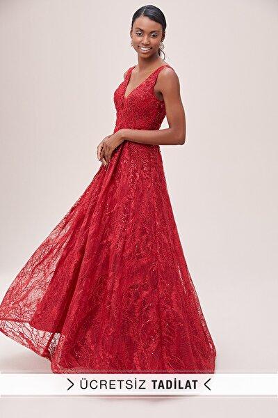 Kadın Kırmızı Dantel ve Pul İşlemeli Kalın Askılı Uzun Abiye Elbise VCJ92011