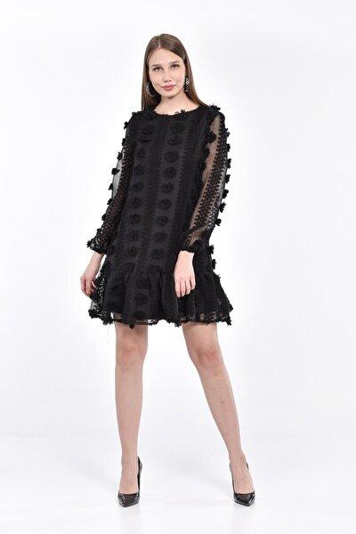 Kadın Siyah Fırfırlı Ponponlu Mini Elbise 5328-1359
