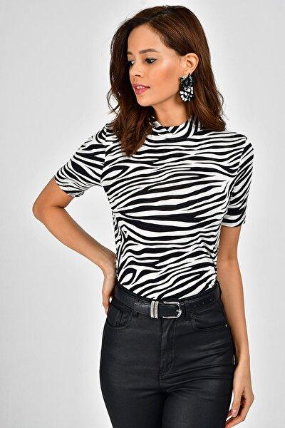 Kadın Ekru Zebra Desenli Yarım Balıkçı Bluz LPP107