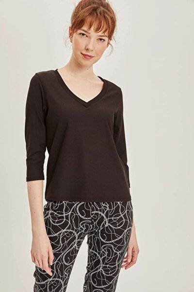 Kadın Siyah V Yakalı 3/4 Kollu T-shirt K6626AZ.19SP.BK27