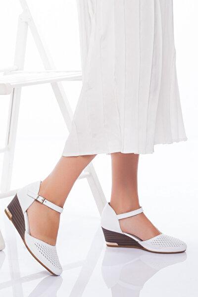 Hakiki Deri Kadın Beyaz Dolgu Topuklu Ayakkabı 5CMFETADERİSANDALET020