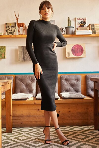 Kadın Siyah Likralı Şardonlu Uzun Kaşkorse Elbise ELB-19000750