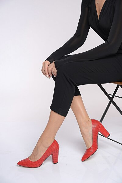 Kırmızı Kadın Topuklu Ayakkabı 19K 207