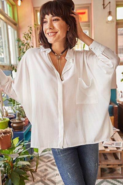 Kadın Beyaz Cepli Salaş Gömlek GML-19000420