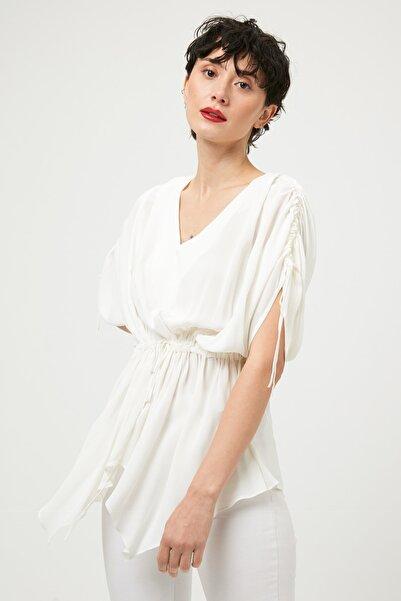 Kadın Beyaz Bluz IS1190006471