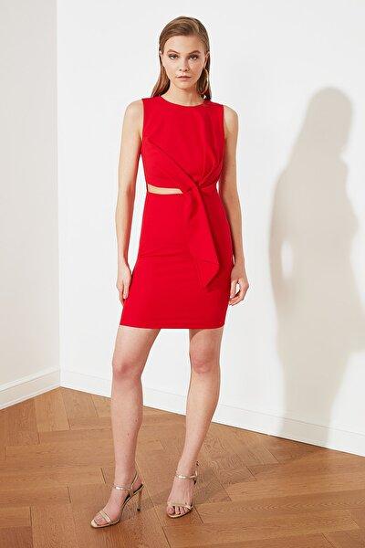 Kırmızı Dekolte Detaylı Elbise TPRSS20EL1186