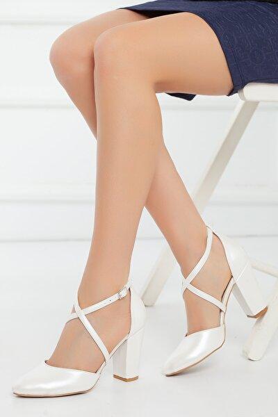 Kadın Beyaz Abiye Ayakkabı