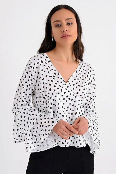 Kadın Beyaz Puantiyeli Kat Kat Volanlı Uzun Kollu Bluz HN1676