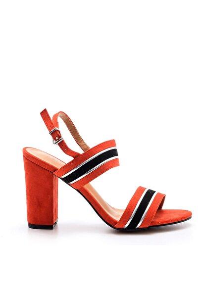 Kırmızı Kadın Topuklu Ayakkabı