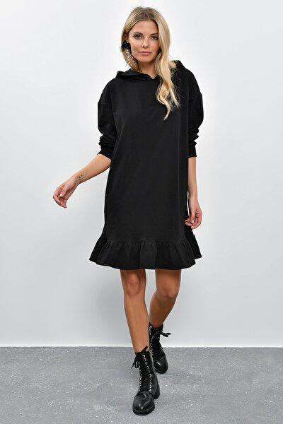Kadın Siyah Volanlı Kapüşonlu Sweat Elbise B40