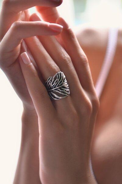 Kadın Antik Gümüş Kaplama Yaprak Yüzük STY0278