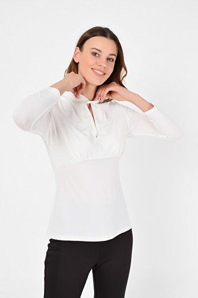 Kadın Ekru Yaka Burgu Detay Bluz 19L6742