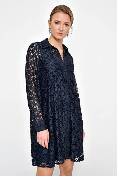 Kadın Lacivert Dantelli İçi Astarlı Gömlek Elbise HN2365