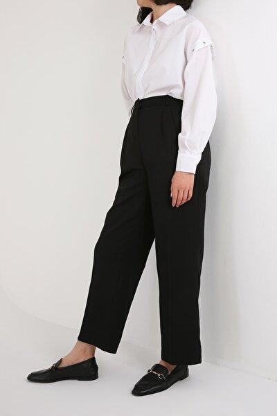 Siyah Pileli Bol Paça Pantolon