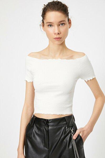 Kadın Ekru Omzu Açik T-Shirt