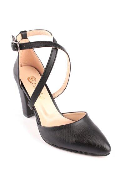 Kadın Bilekten Bağlamalı Topuk Ayakkabı