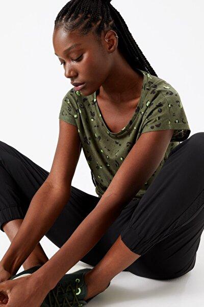 Kadın Yeşil Desenli Kısa Kollu T-Shirt T51005122