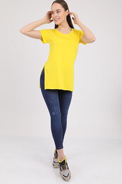 Kadın Sarı V Yaka Yırtmaçlı Kısa Kol Pamuklu T-Shirt Mdt3025