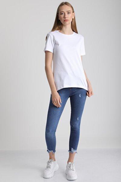 Kadın Beyaz Bisiklet Yaka Kısa Kol Pamuklu T-Shirt Mdt3091