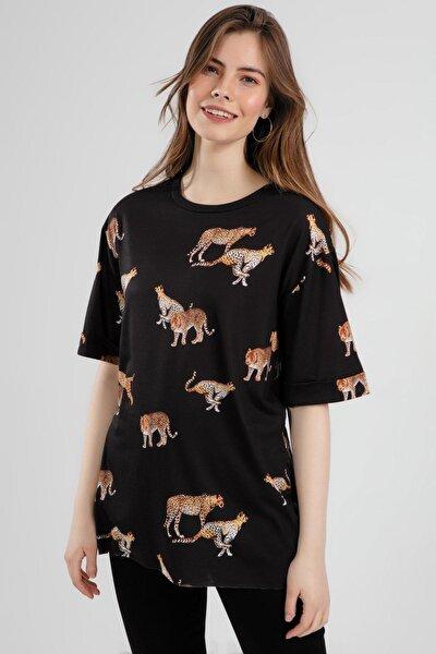 Kadın Çita Baskılı Yırtmaçlı Kısa Kollu Tişört Y20s110-4133