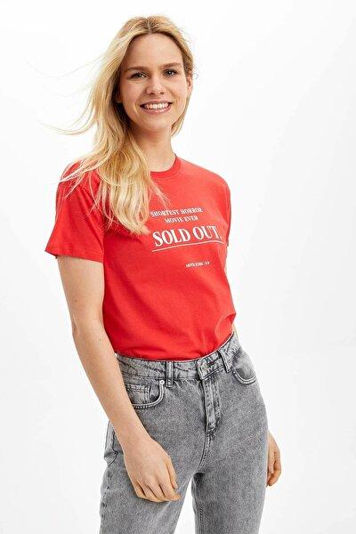Kadın Kırmızı Baskılı Kısa Kollu T-Shirt N9302AZ.20SP.RD227